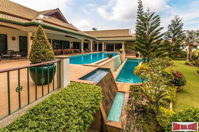 Spacious 6 Bedroom Pool Villa in Quiet and Convenient Location for Rent Close to Nai Harn Beach