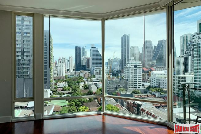 Royce Private Residences | Three Bedroom Corner Condo with Clear City Views for Rent on Sukhumvit 31
