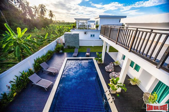 Modern Three Bedroom Pool Villas in New Na Jomtien Development