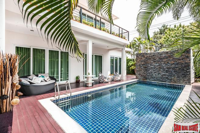 Contemporary Four Bedroom Pool Villas in New Na Jomtien Development