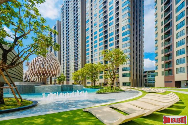 Newly Completed High-Rise Condo by Leading Thai Developer with Extensive Facilities and Green Area at Udomsuk, Bangna - Two Bed Plus - 12% Discount!