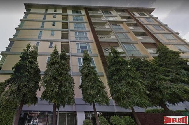 Centric Scene Aree 2 | New High Quality Two Bedroom Contemporary Condo for Rent in  Ari Low-rise