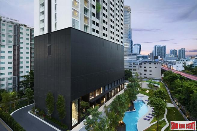 New Ready to Move in High-Rise Condo in Excellent Location of Asoke - Ratchada - Best Value 2 Beds