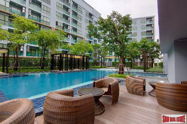 Ready to Move in Resort Style Low-Rise Condo next to Canal at Sukhumvit 50, BTS Onnut - 2 Bed Units - Up to 33% Discount and Full Furnished!