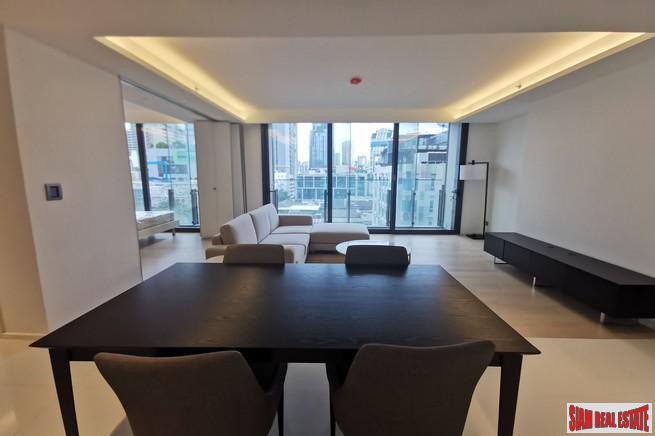 Circle Sukhumvit 11 | Newly Built Luxury High-Rise Condo at Sukhumit 11, BTS Nana - 2 Bed Unit - 15% Discount and Fully Furnished!