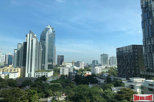Rhythm Sukhumvit 36-38 | 1 Bed Fully Furnished on the 11th Floor with City Views at Thong Lor