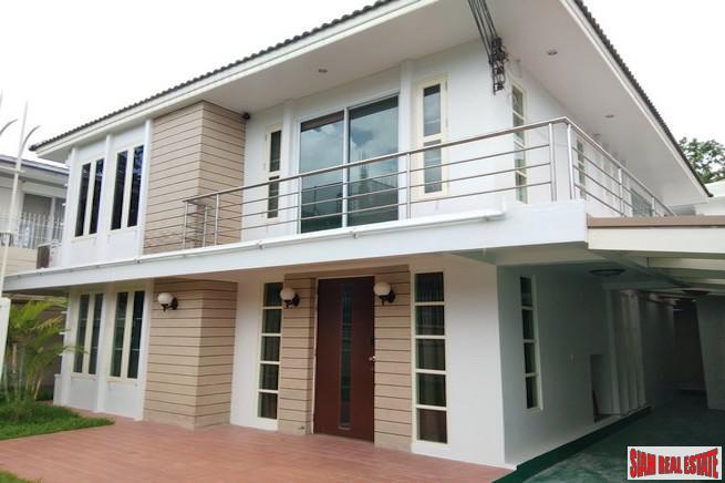 Large Two Story Three Bedroom Pet Friendly House for Rent in Ekkamai