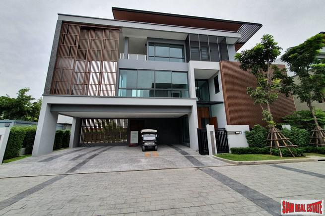Luxury 5 Bed Show House for Sale in Exclusive Estate with Clubhouse at Bangchak Sukhumvit, close to BTS Phunnawithee