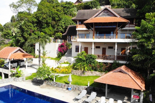 Baan Nam Yen Villa | Fabulous Patong Bay Sea View from this Five Bedroom Pool Villa