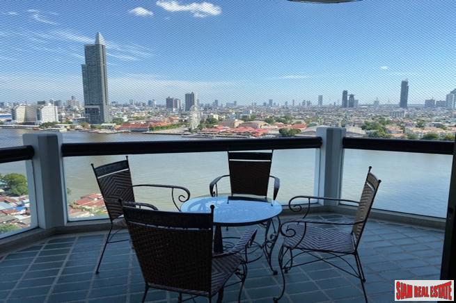 Tridhos City Marina | Superior River Views from this Three Bedroom Condo in Charoen Nakron