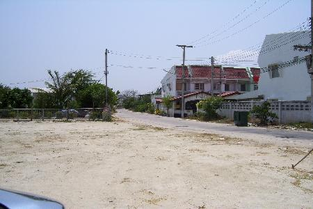 Great Land Plot in the Heart of Hua Hin perfect to divide for bungalows or shop houses