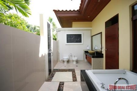 Beautifully styled 2 bedroom pool 12