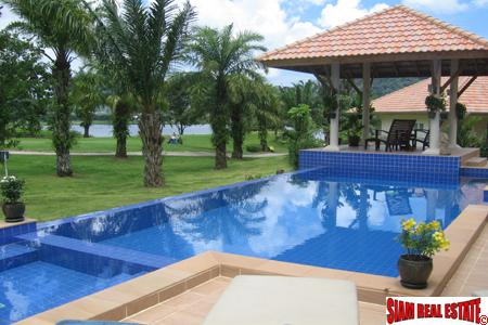 Loch Palm Garden Villas | Two bedroom Golf Course View with Large Swimming Pool for Rent