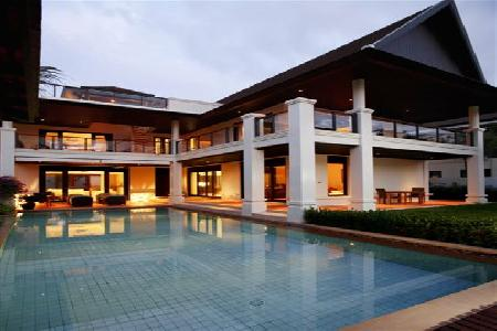 Luxury ocean-view villa with private pool on Bangtao Bay adjacent to the Banyan Tree hotel and Laguna facilities