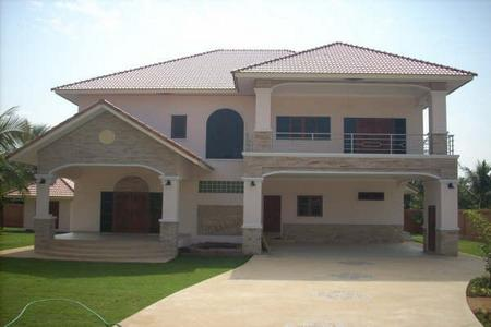 Large property for sale 2 minutes away from Phoenix Golf Club! - Pattaya