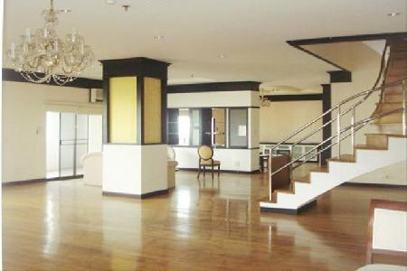 A Spacious duplex penthouse close to BTS Thonglor, Sukhumvit 55