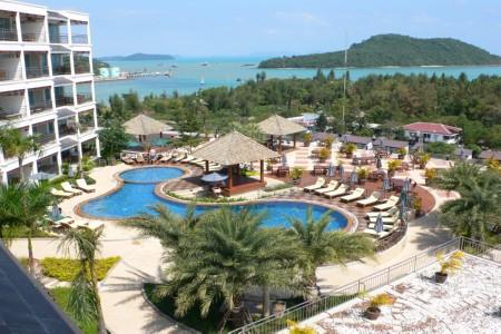 Condominium with 3 Bedrooms with Sea-Views and Communal Facilities For Long-Term Rent at Cape Panwa, Phuket