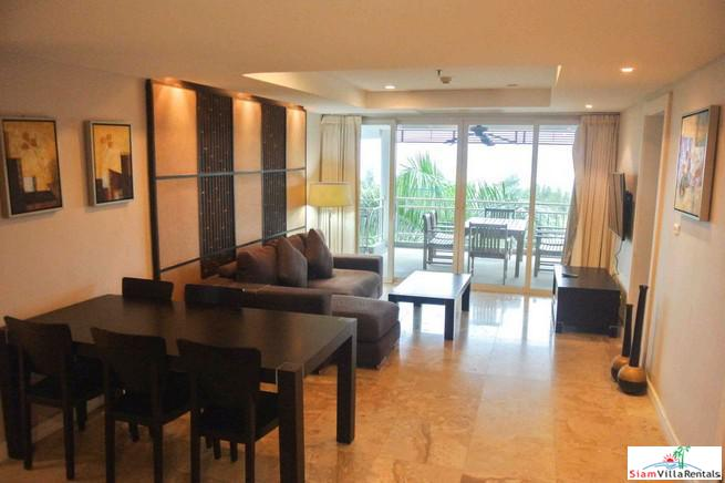 Condominium with 3 Bedrooms with 12