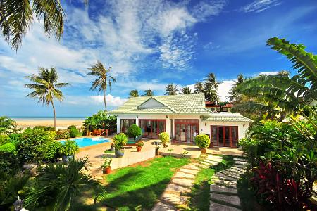Baan Flora - Stunning Beachside Villa with a Private Swimming Pool For Holiday Rental at Lamai, Koh Samui