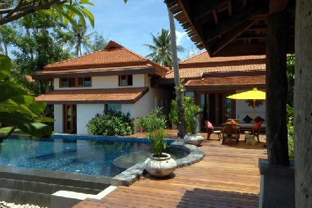 Baan Sarika - Luxury Beachfront 5 Bedroom Villa with Private Swimming Pool For Holiday Rent at Lamai, Koh Samui