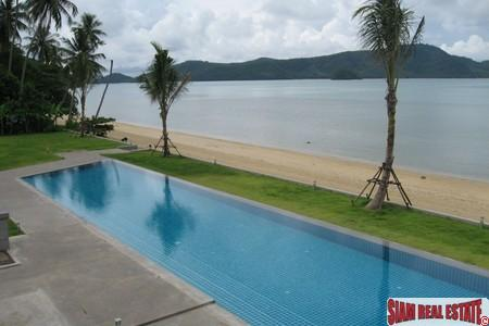 Luxurious On The Beach Apartment with a Swimming Pool and External Jacuzzi Available For Rent at Cape Panwa, Phuket