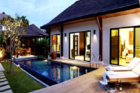 Modern 3 Bedroom Pool Villa within a Peaceful Estate for Holiday Rent at Nai Harn, Phuket