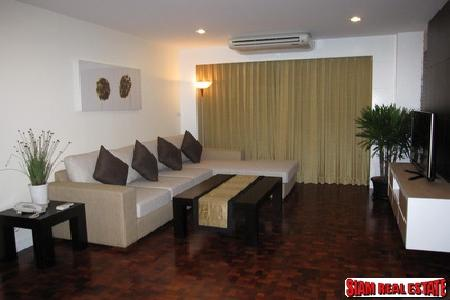 Sukhumvit4, Spacious 2 Bedrooms 150 sq.m. fully furnished Apartment