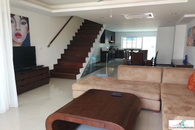 4 Bedroom Townhouse with Communal 6