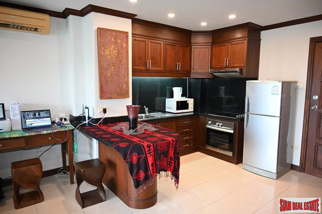 2 Bedroom Condominium with Beautiful 2