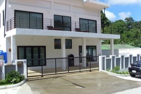 New Luxury Modern Five Bedroom House with Swimming Pool For Sale at Patong