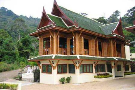 Luxury Two Bedroom  Sea-View Thai House For Holiday Rent at Patong