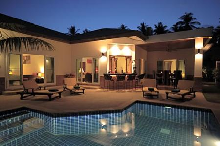 Four Bedroom Pool Villas Available for Holiday Rental at Chalong
