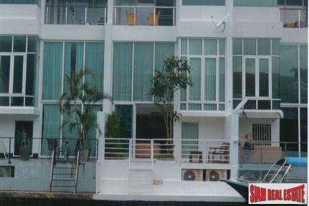 Three Bedroom Semi-Detached House with Private Boat Mooring for Sale at Boat Lagoon