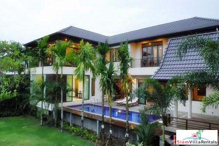 Modern Four Bedroom Home with a Private Swimming Pool for Rent at Laguna