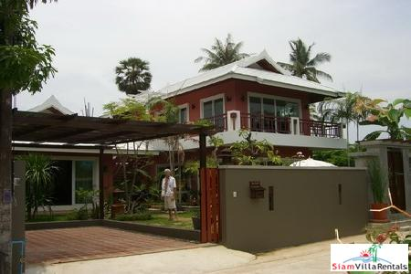 Luxury Villa with Beautiful walled Gardens for Rental at Rawai