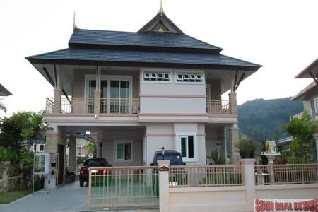 Beautiful Modern Thai Three Bedroom House with Lake Views For Rent at Chalong