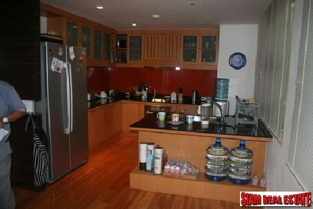 Sukhumvit 38, 2 Bedrooms 2 4