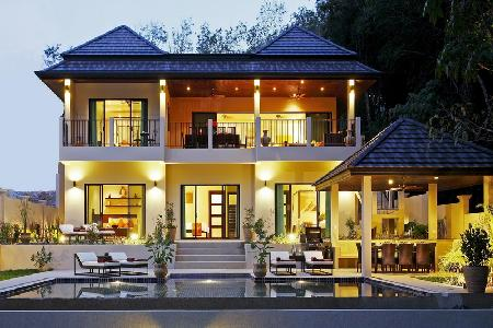 Luxury 6 Bed Villa, 1KM to Nai Harn Beach