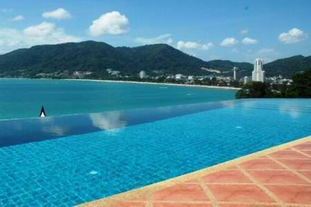 Luxurious Five Bedroom House with Sea-Views and a Private Swimming Pool For Rent at Patong