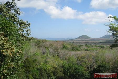 Last Plot Remianing of Land For Sale with Mountain Views at Bang Pae