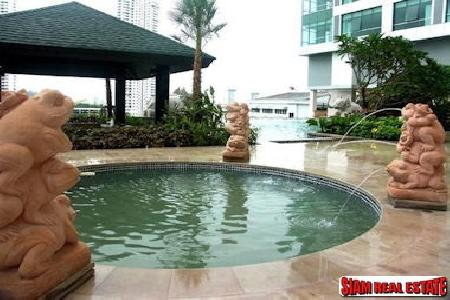 Baan Sathorn Chaophraya | Two 7