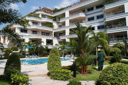 Large Two Bedroom Condominium Available For Rent In Pratumnak Area Of Pattaya