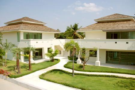 This Village resort provides high quality, comfortable and accessible apartments in Hua Hin