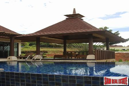 Private Pool Villas with Panoramic 3