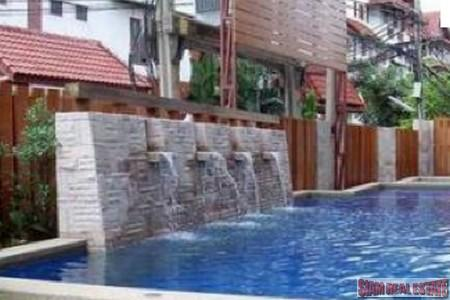 Modern 2 Bedrooms Apartment with Good Facilities at The Niche Sukhumvit