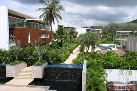 Contemporary 4 Bedroom Penthouse with Private Pool and Sea Views in Layan