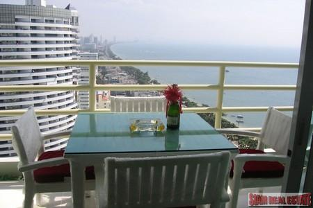 Fabulous 26th Floor Seaview Luxury Condo in Jomtien