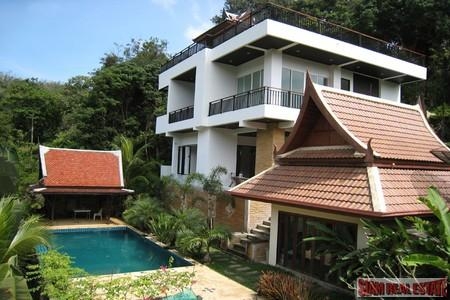 Modern Three Bedroom Pool Villa with Thai Style Guesthouse in Ao Por