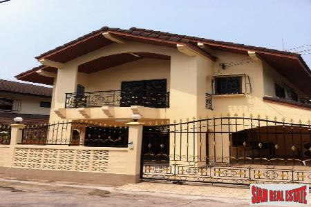 Three Bedroomed House In Small Village Location - East Pattaya