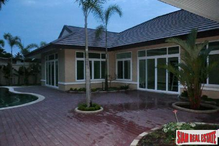 Fabulous House With Swimming Pool At A Discounted Price in East Pattaya, East Pattaya, Pattaya